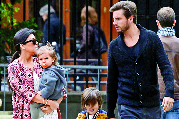 EXCLUSIVE_ Kourtney Kardashian and Scott Disick with kids Mason and Penelope walk and relax at the famous Luxembourg Park in Paris