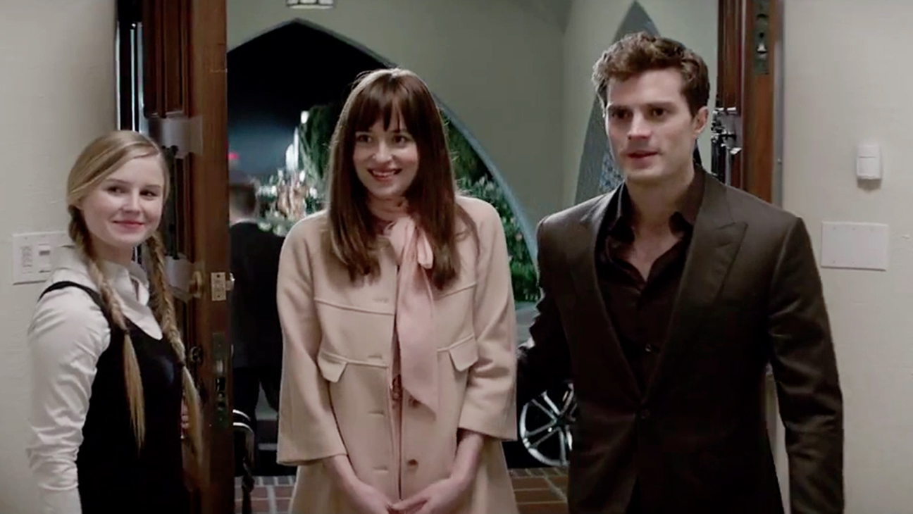 Un nouveau trailer de 50 shades of grey d voil star 24 for Movie the fifty shades of grey