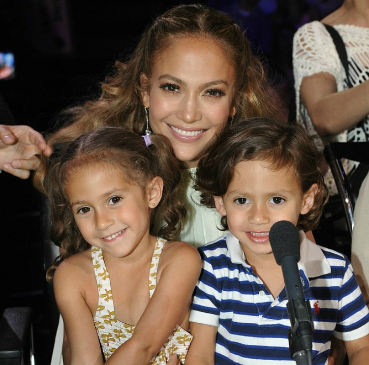 jlo-max-emme