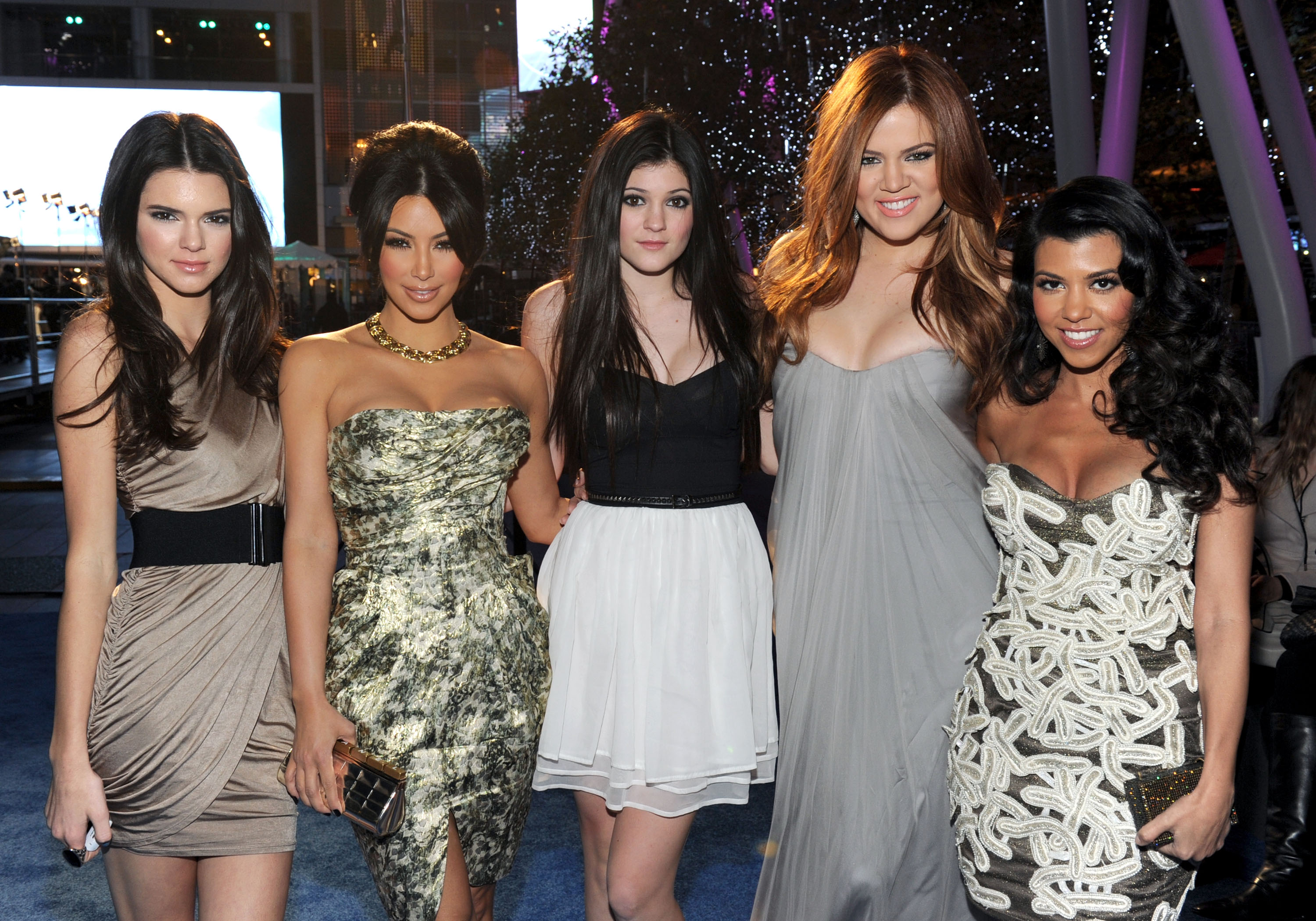 LOS ANGELES, CA - JANUARY 05: (L-R) Kendall Jenner, Kim Kardashian, Kylie Jenner, Khloe Kardashian and Kourtney Kardashian arrive at the 2011 People's Choice Awards at Nokia Theatre L.A. Live on January 5, 2011 in Los Angeles, California. (Photo by Frazer Harrison/Getty Images for PCA)