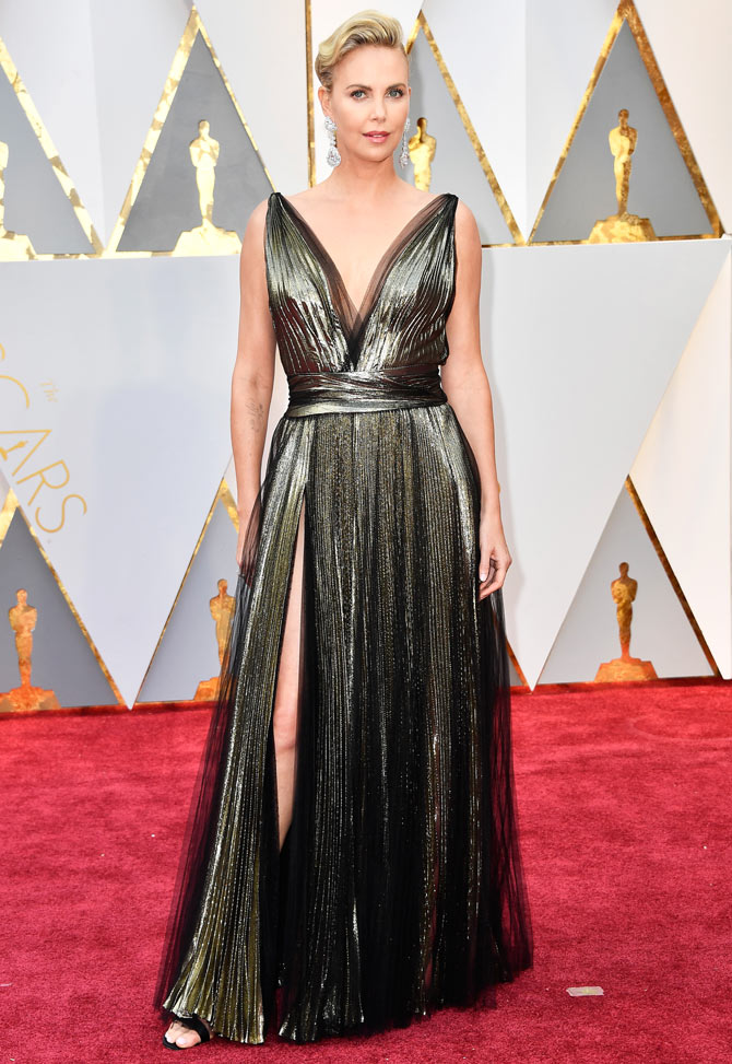 27oscar-red-carpet10