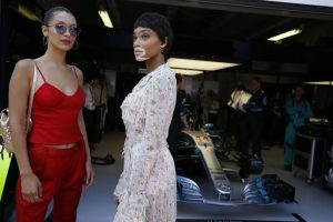 photos-grand-prix-de-monaco-2017-bella-hadid-et-winnie-harlow-illuminent-le-rocher-_portrait_w674