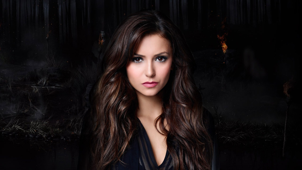 nina-dobrev-in-the-vampire-diaries-season-8