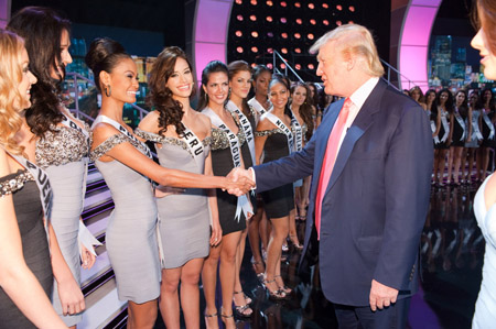 Maria Nowakowska, Miss Poland 2010; Venus Raj, Miss Philippines 2010; Giuliana Zevallos, Miss Peru 2010; Yohana Benitez Olmedo, Miss Paraguay 2010; Anyoli Abrego, Miss Panama 2010, and Melinda Elvenes, Miss Norway 2010, meet Donald Trump at Mandalay Bay Event Center in Las Vegas, Nevada on Sunday, August 22, 2010. The Miss Universe 2010 competition will air live on the NBC Television Network at 9 PM ET, August 23, 2010. ho/Miss Universe Organization LP, LLLP