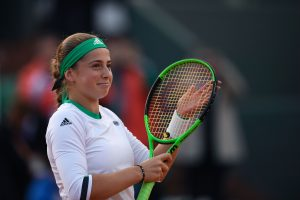 Latvia's Jelena Ostapenko reacts after winning her tennis match against Denmark's Caroline Wozniacki at the Roland Garros 2017 French Open on June 6, 2017 in Paris. / AFP PHOTO / CHRISTOPHE SIMON
