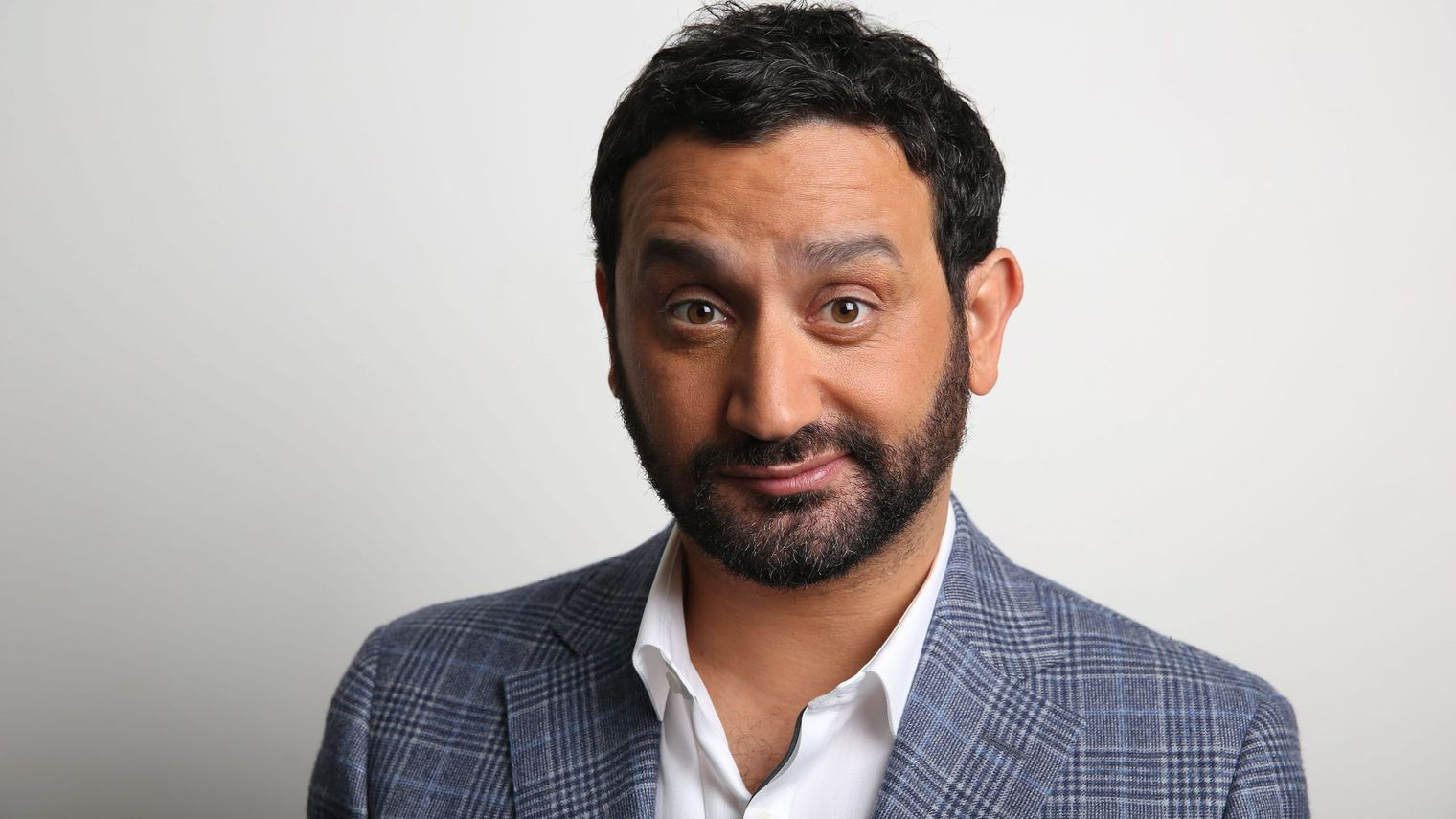 Rencontre cyril hanouna