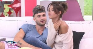 secret-story-couple-melanie-bastien-fait-sensation-38ed33-01x