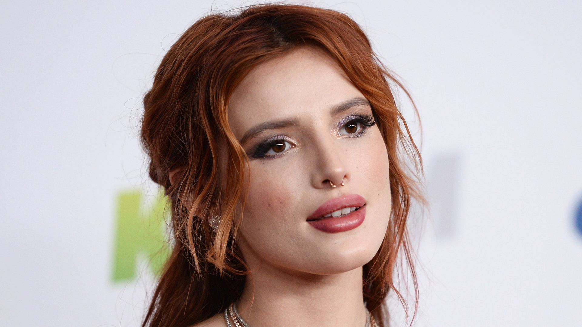 INGLEWOOD, CA - DECEMBER 01: Actress Bella Thorne arrives at 102.7 KIIS FM's Jingle Ball 2017 at The Forum on December 1, 2017 in Inglewood, California. (Photo by Amanda Edwards/WireImage)