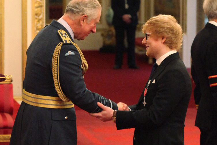investitures-at-buckingham-palace-10-752x501