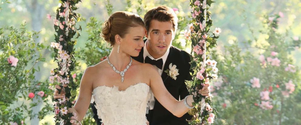 revenge-wedding-02-abc-jc-181217_hpmain_12x5_992